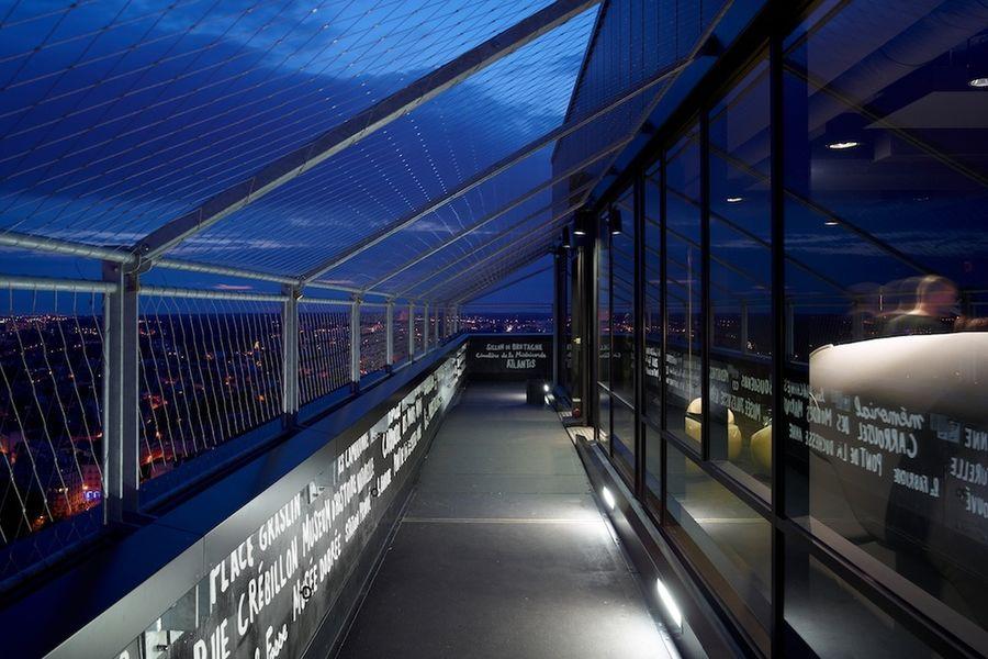 CCO - Le Nid Le Nid - sky bar au 32° étage