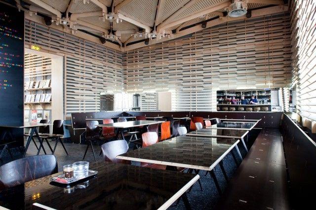 Café Caché Salle intérieure