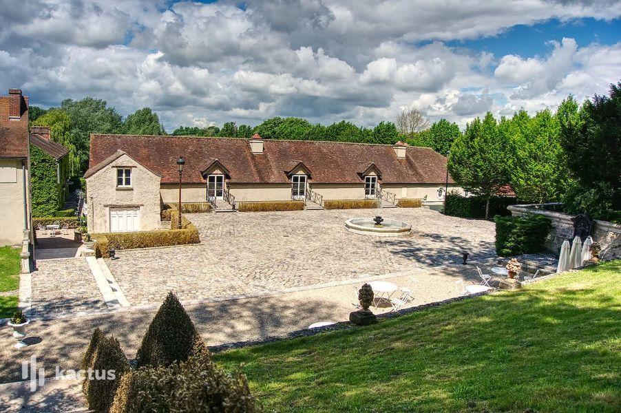 Domaine de Grand'Maisons La Cour Francini (Garennes)