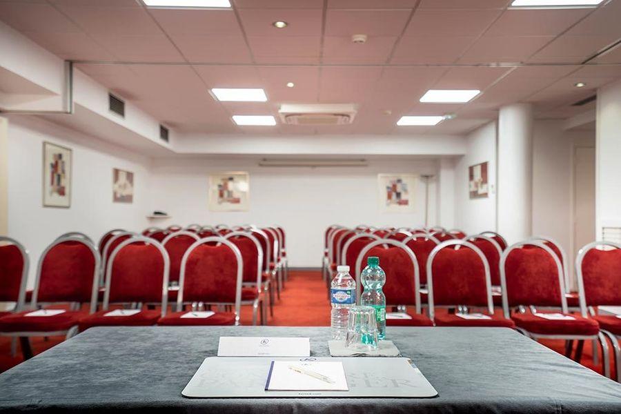 Hôtel Kyriad Paris Bercy Village *** Salle de séminaire