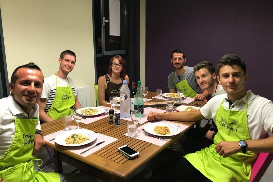 L'Atelier Gourmand Diner de Groupe après activité de cuisine