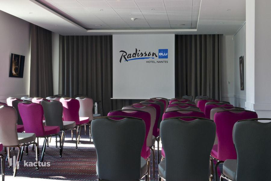 Radisson Blu Hôtel Nantes **** L'Assise