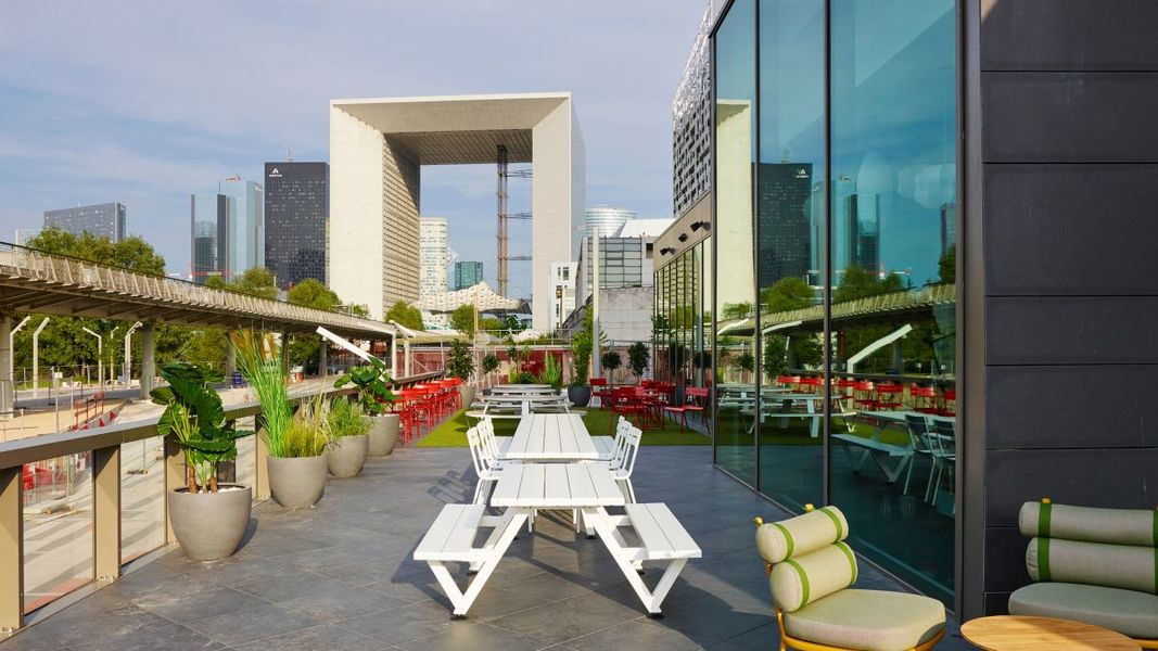 CitizenM La Défense Terrasse