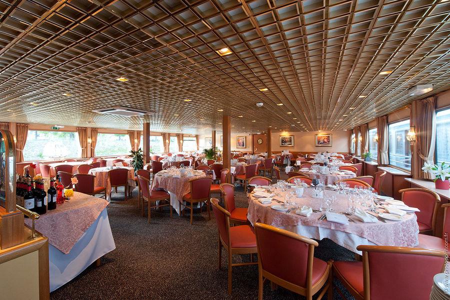 Business Boat Salle à manger