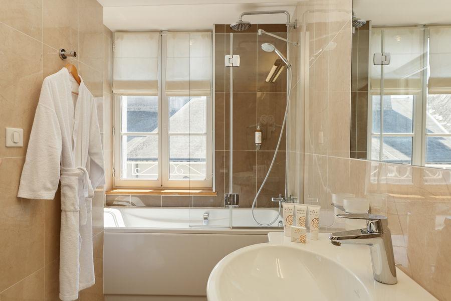Relais des Trois Châteaux **** Salle de bain