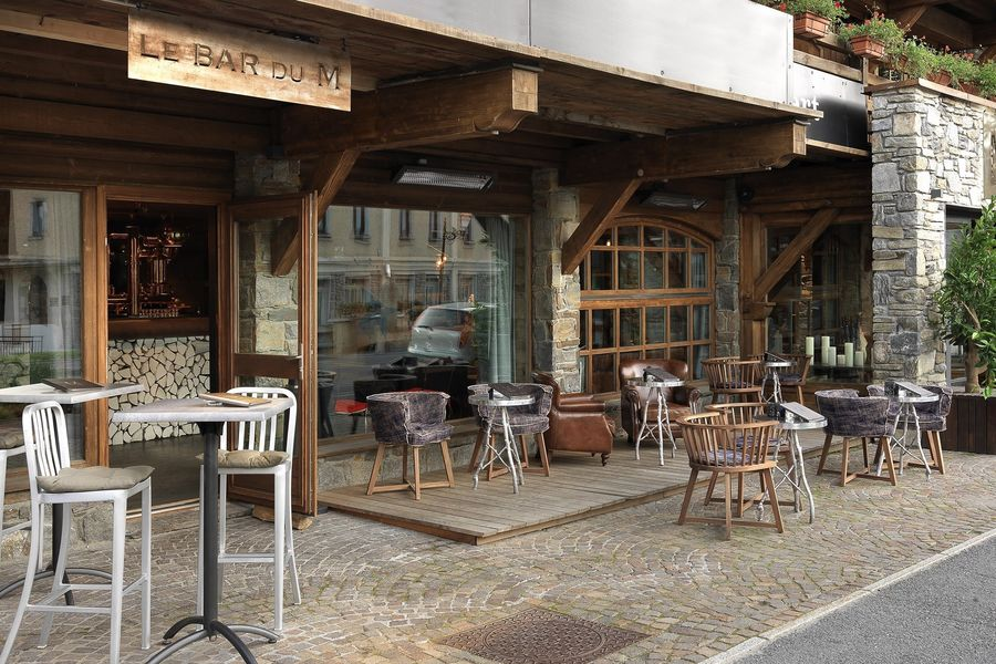 Le M de Megève ***** Terrasse du Bar du M