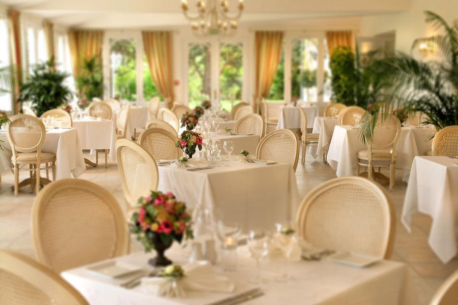 Le Fleuray Hotel & Restaurant Le Colonial Restaurant Le Colonial