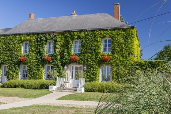 Le Fleuray Hotel & Restaurant Le Colonial
