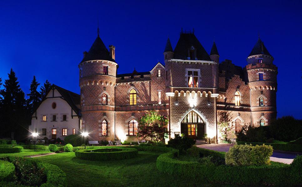Château de Maulmont Façade nuit Château de Maulmont