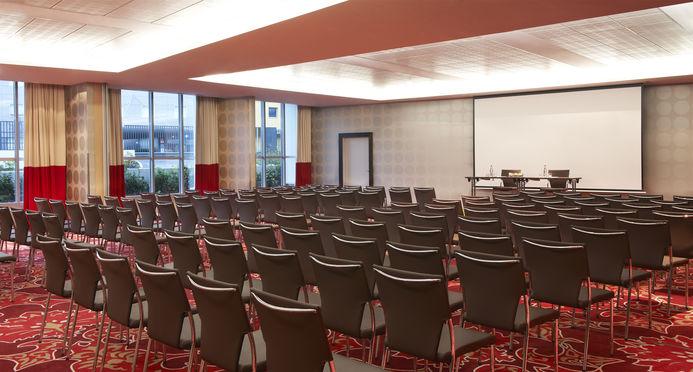 Salle séminaire  - Crowne Plaza Paris - Charles de Gaulle