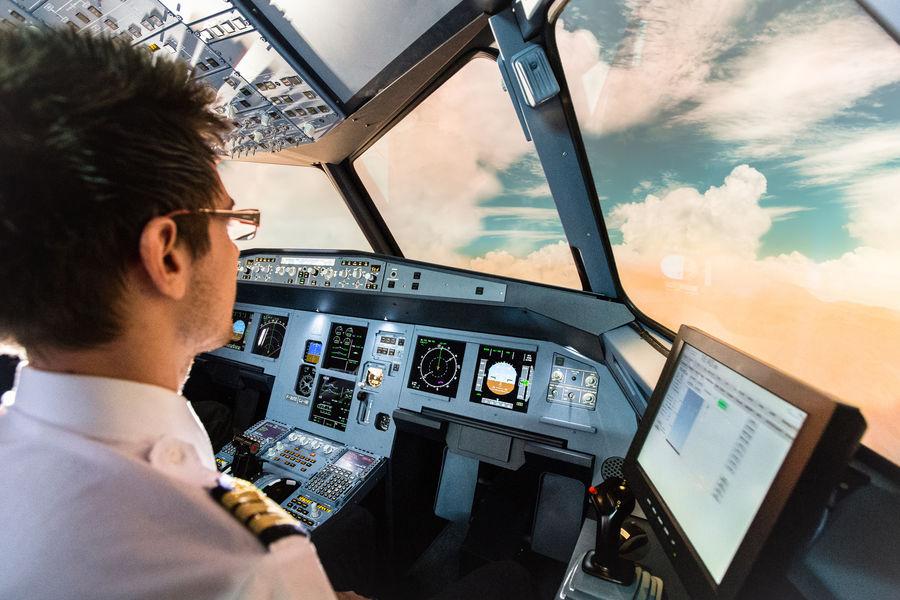 Aviasim Lyon Coucher de soleil Airbus A320
