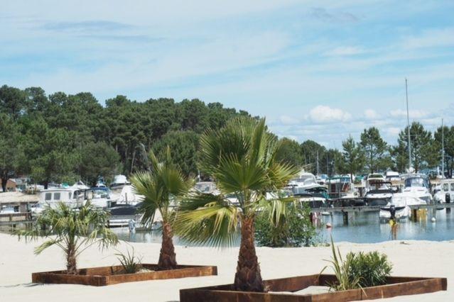 """Restaurant """"Histoires De..."""" Notre plage privée"""