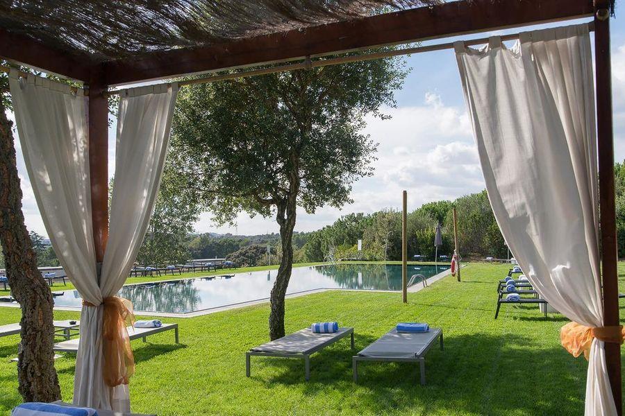 La Mola Hotel & Conference Center Piscine