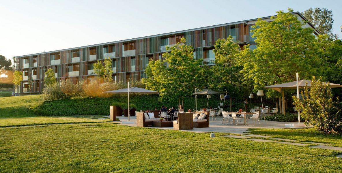 La Mola Hotel & Conference Center Façade