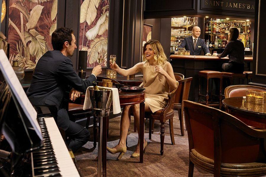 Hôtel Carlton **** Notre bar lounge