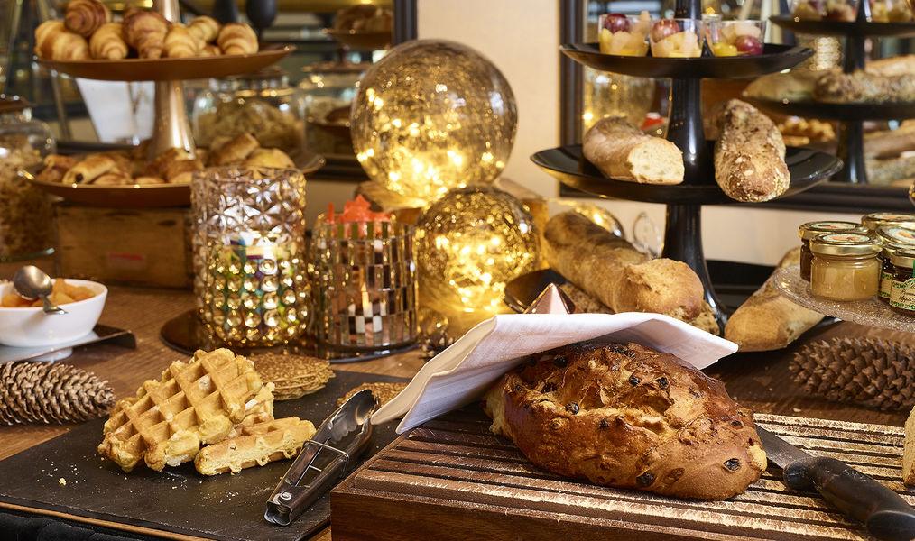 Hôtel Carlton **** Buffet petit déjeuner