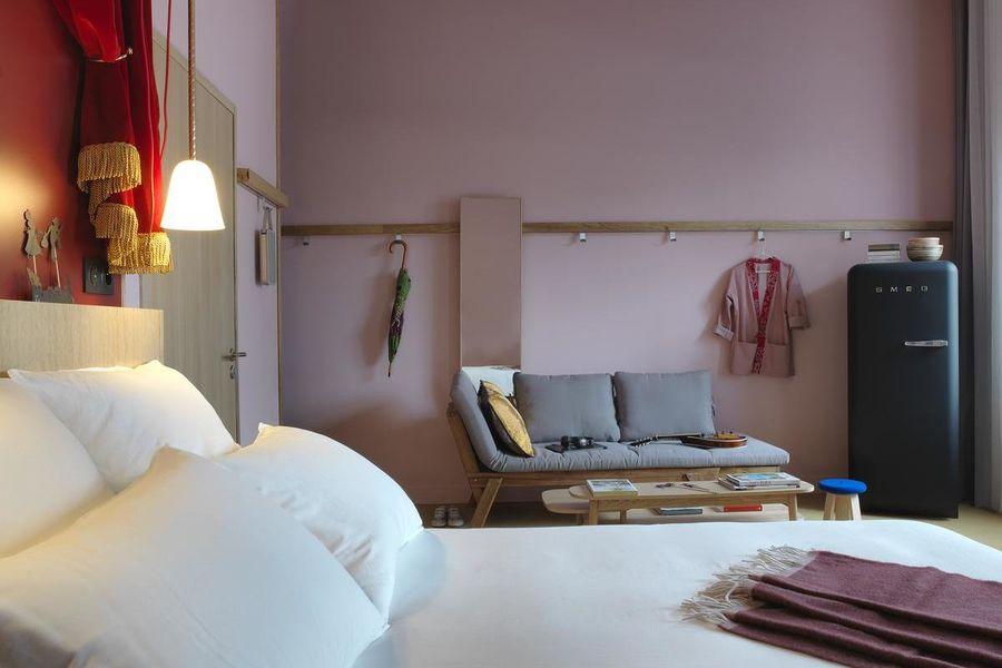 Mob Hôtel - Paris les Puces Chambre