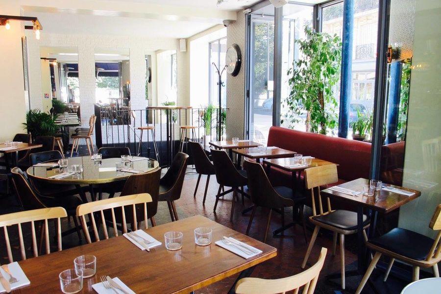 La Seine Café 3