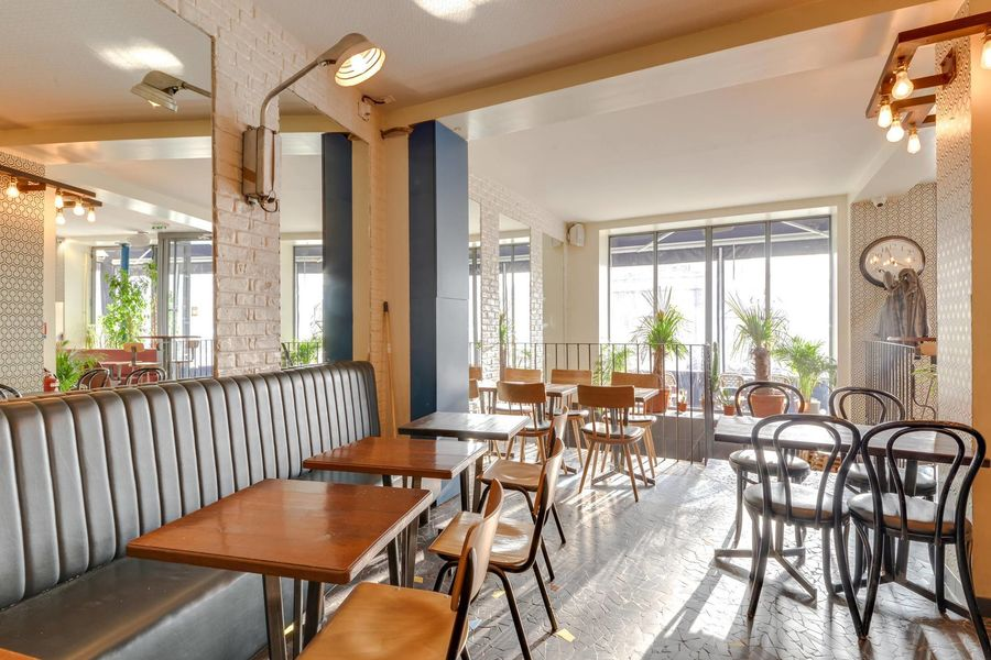 La Seine Café 4
