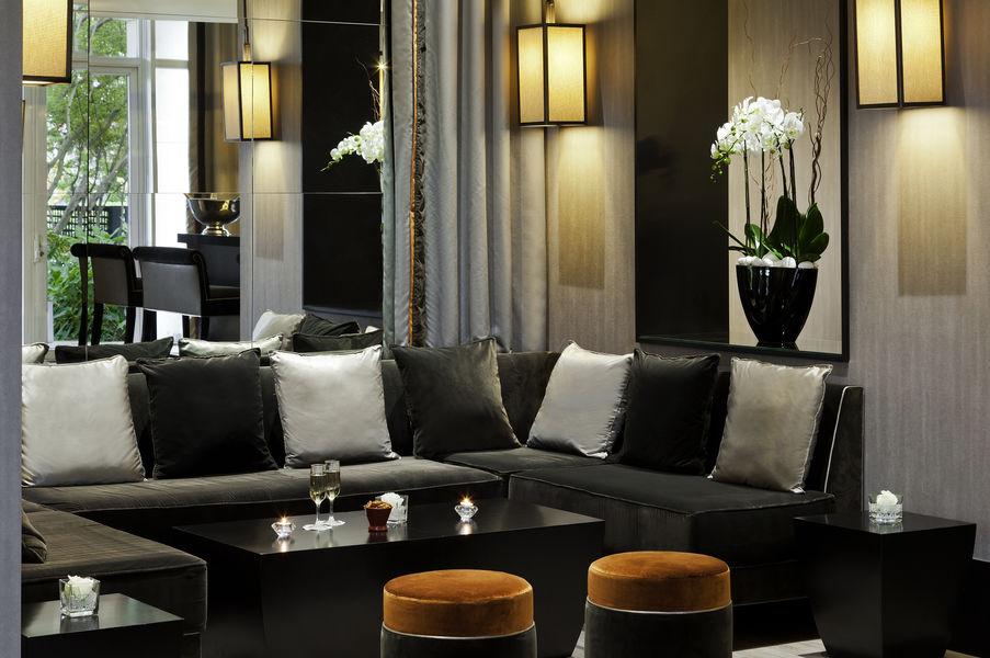 L'Hôtel du Lac Enghien-les-Bains **** Bar