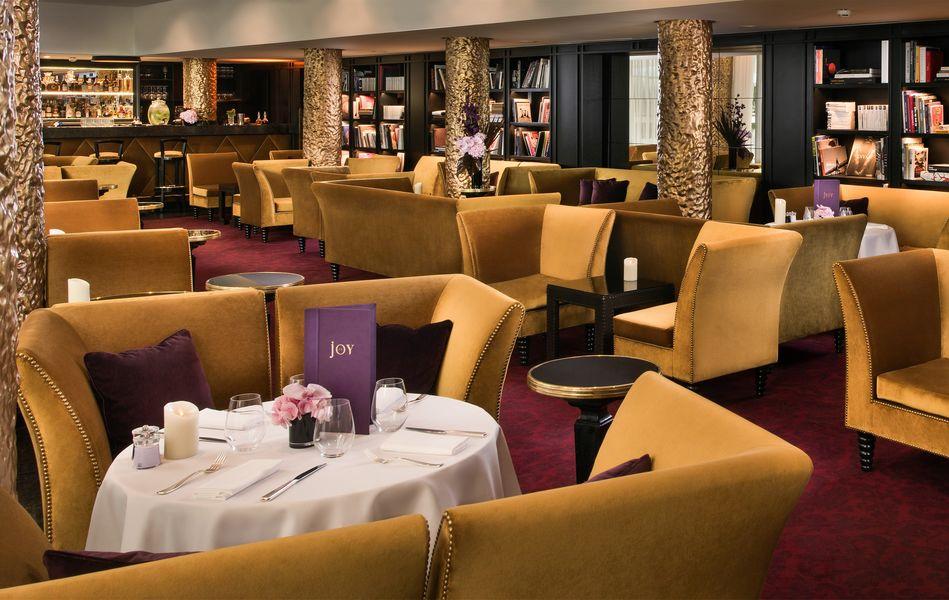 Hôtel Barrière Le Fouquet's ***** Restaurant Le Joy