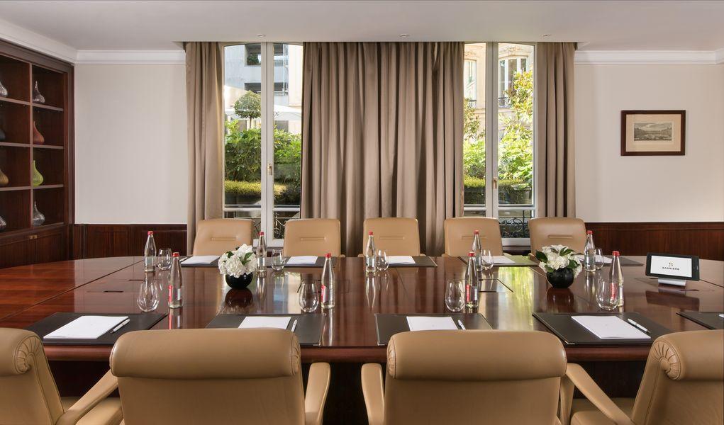 Hôtel Barrière Le Fouquet's ***** Boardroom Alexandre