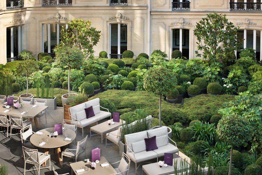Hôtel Barrière Le Fouquet's ***** Jardin Intérieur