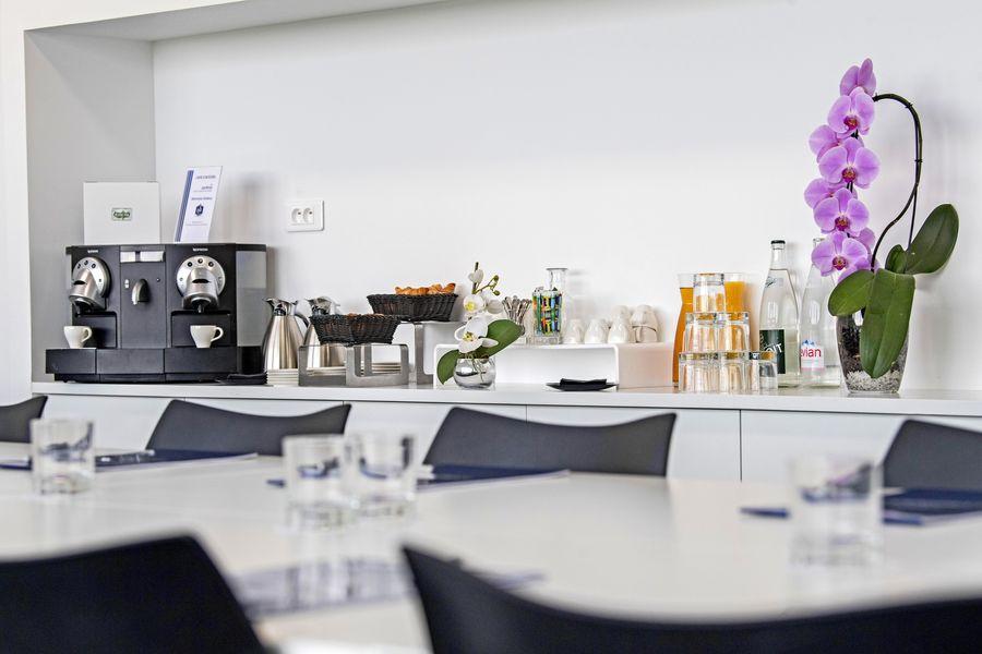 Centre National du Football Clairefontaine Pause café