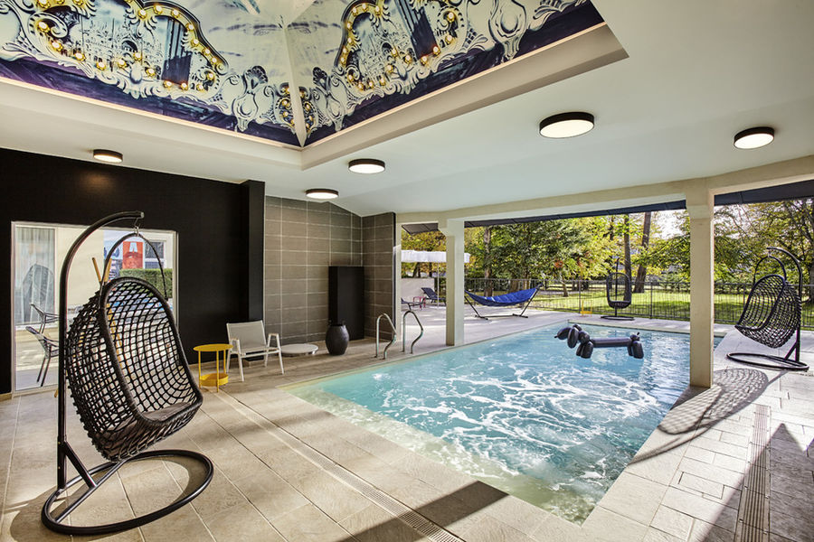Royal Mercure Fontainebleau **** Piscine