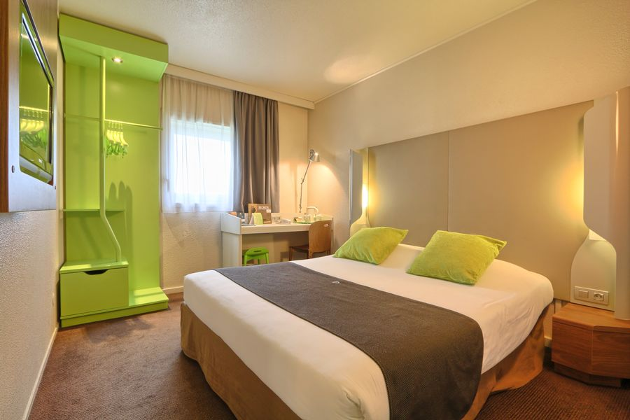 Hôtel Campanile Roissy ** Chambre