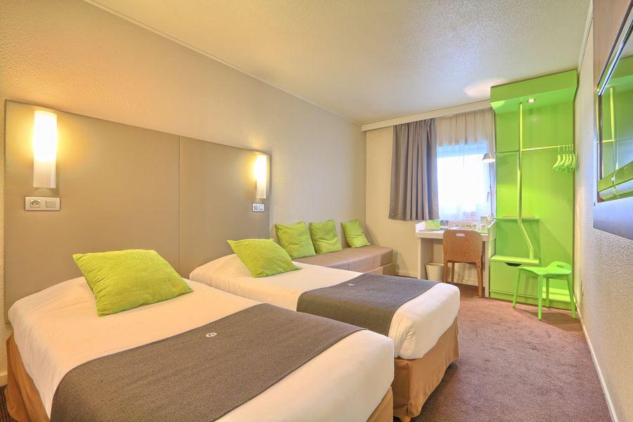 Hôtel Campanile Roissy ** Cha