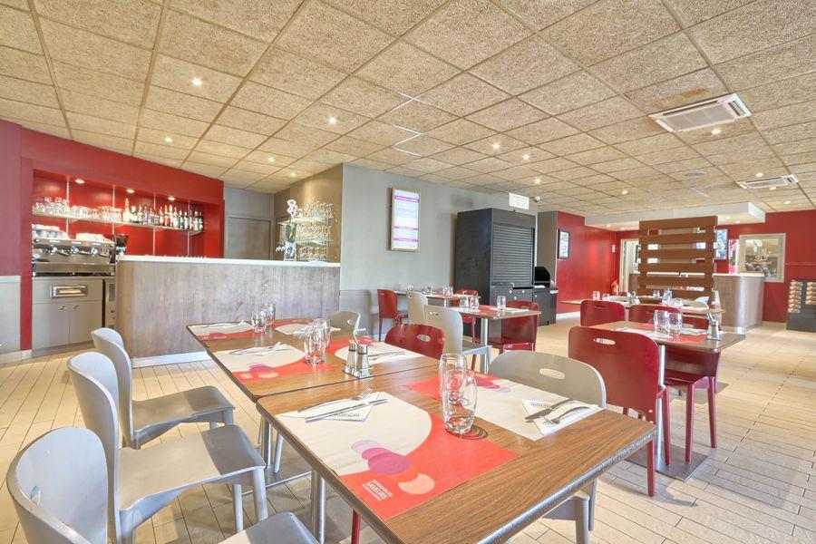 Hôtel Campanile Roissy ** Restaurant