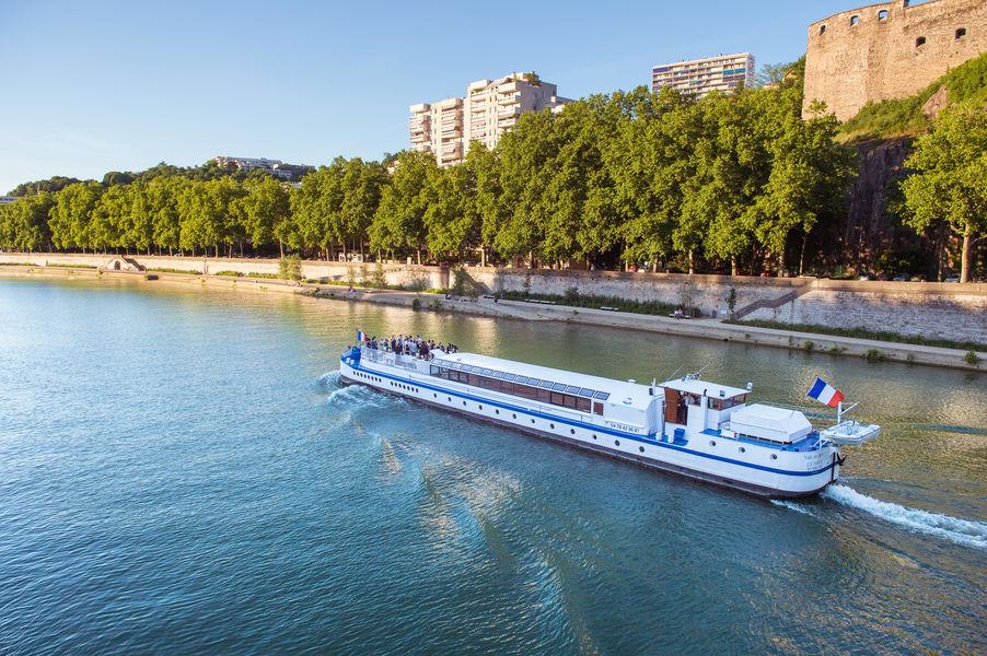 Lyon City Boat - Croisières privatives Péniche Ville de Lyon