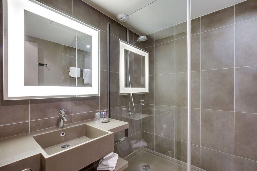 Novotel Cergy Pontoise **** Salle de bain