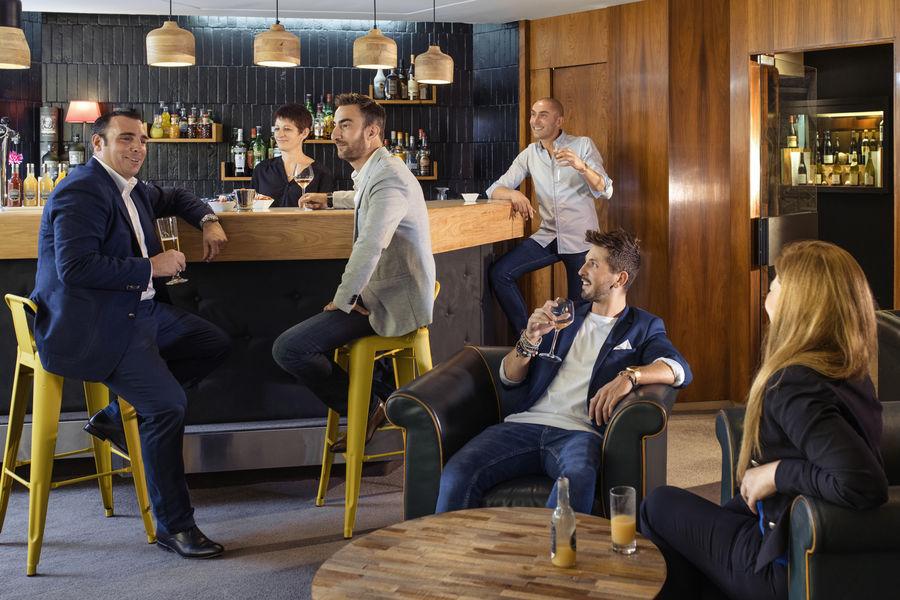 Mercure Saint-Etienne Parc de l'Europe  Bar