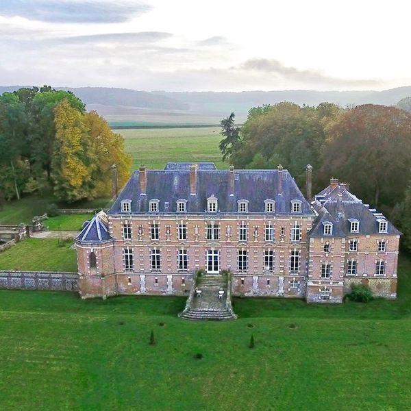 Château d'Auteuil  Le Château d'Auteuil vu d'un drone