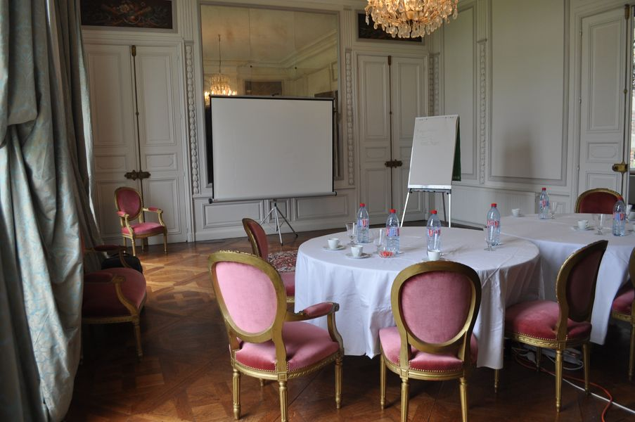 Château d'Auteuil  Réunion dans le Grand Salon