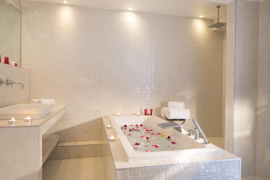 Hôtel Le Chat Noir **** Salle de bain