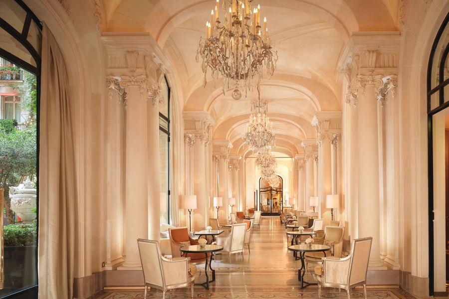 Hôtel Plaza Athénée Paris ***** La Galerie
