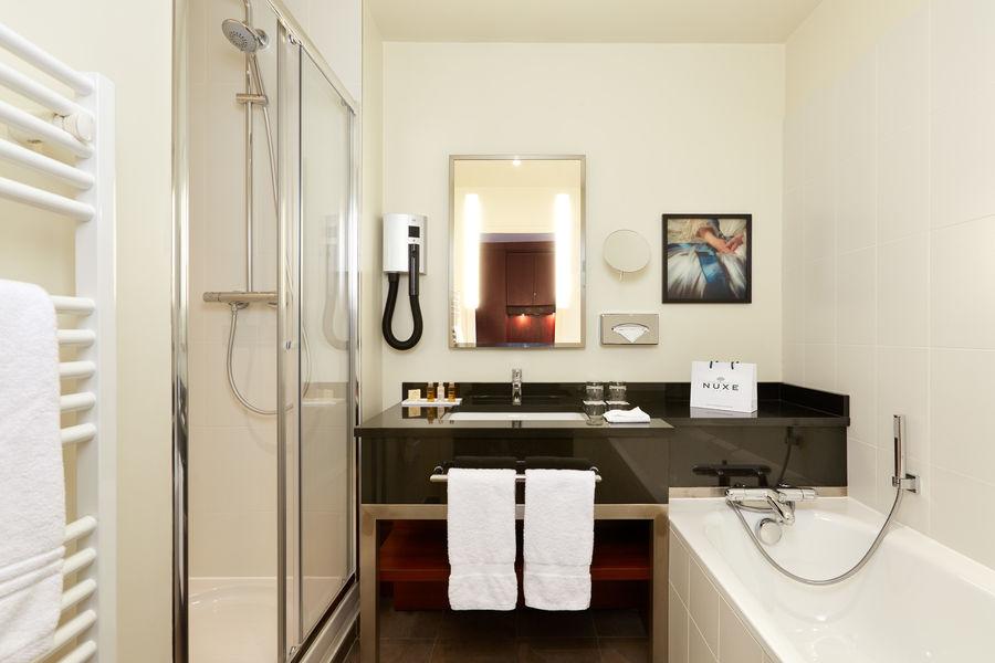 Crowne Plaza Paris - Charles de Gaulle Salle de bain