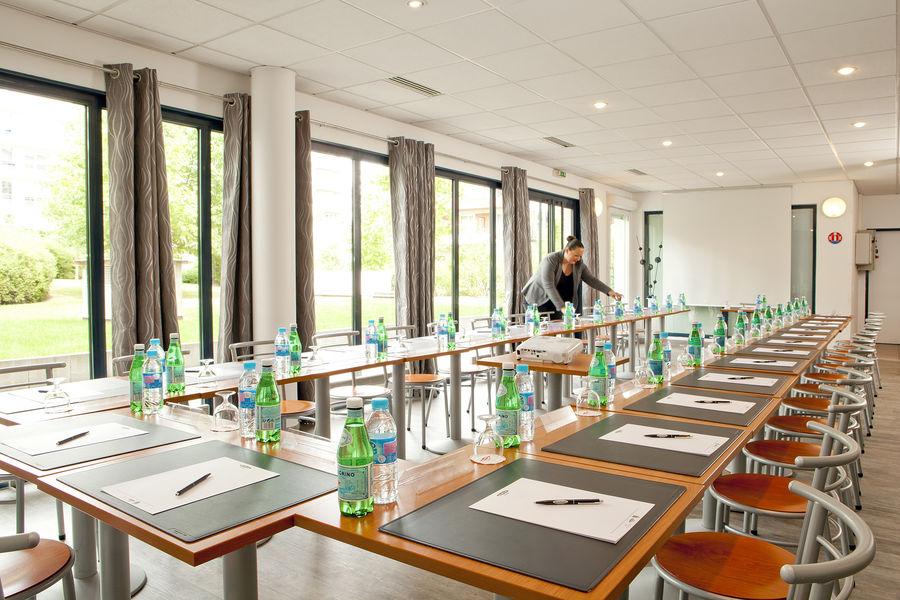 Residhome Paris-Evry **** Salle de séminaire