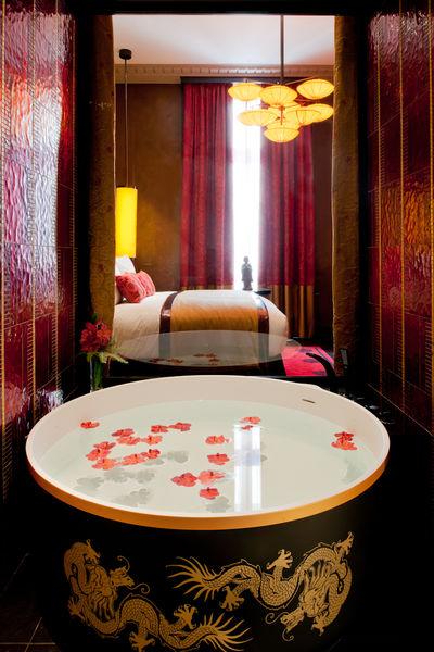 Buddha-bar Hôtel Paris ***** Chambre avec baignoire