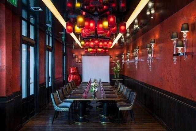 Buddha-bar Hôtel Paris ***** Salon Lotus, 36m², lumière naturelle & son accès sur la terrasse
