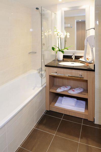 Residhome Les Berges de la Loire ****  Salle de bain