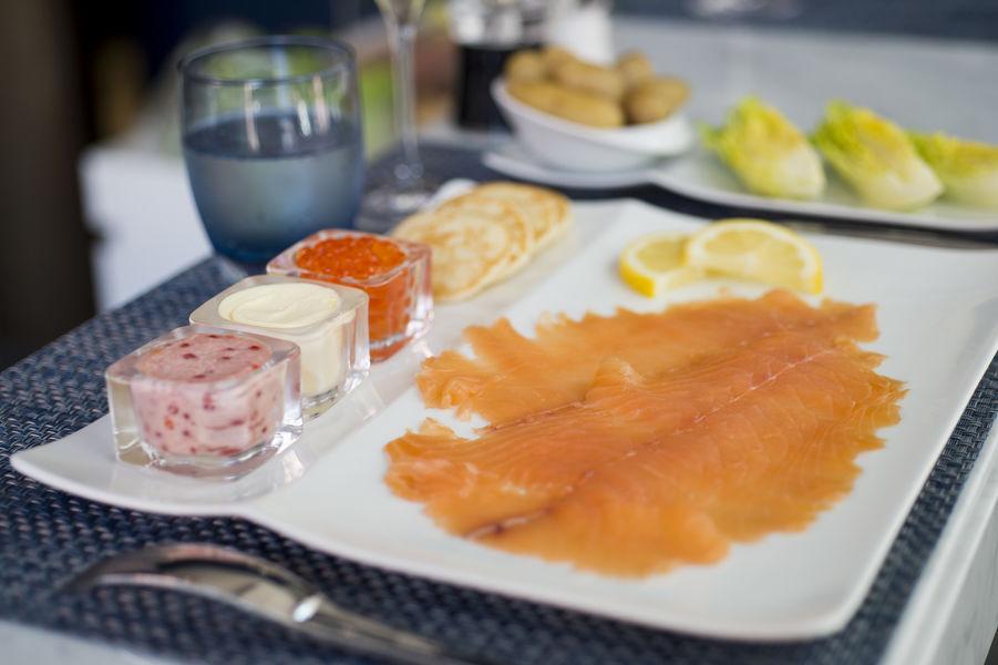 Le Comptoir du Caviar Assiette de la mer