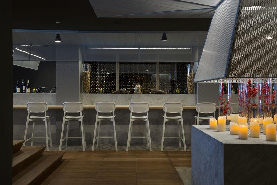 Hôtel l'Héliopic Sweet & Spa **** Bar à vin