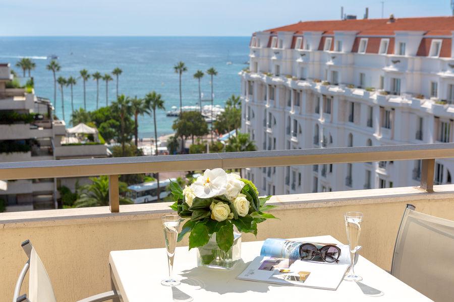 Hôtel Barrière Le Gray d'Albion Cannes  Balcon