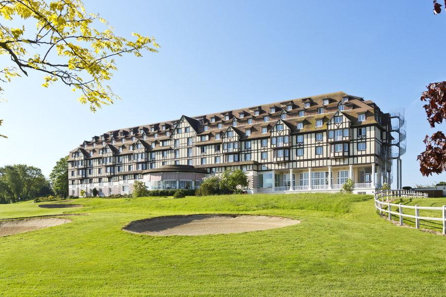 L'Hôtel du Golf **** 50