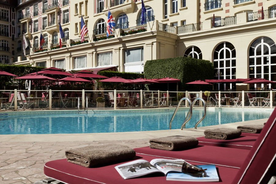 Le Royal Deauville ***** Piscine
