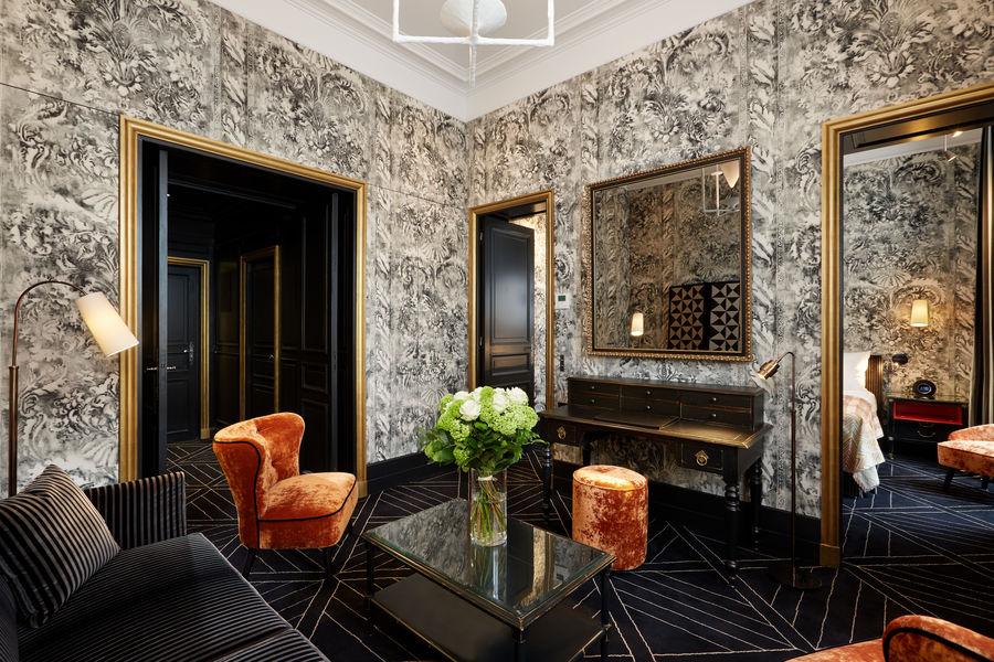 Le Pavillon de la Reine ***** Suite Madame de Sévigné